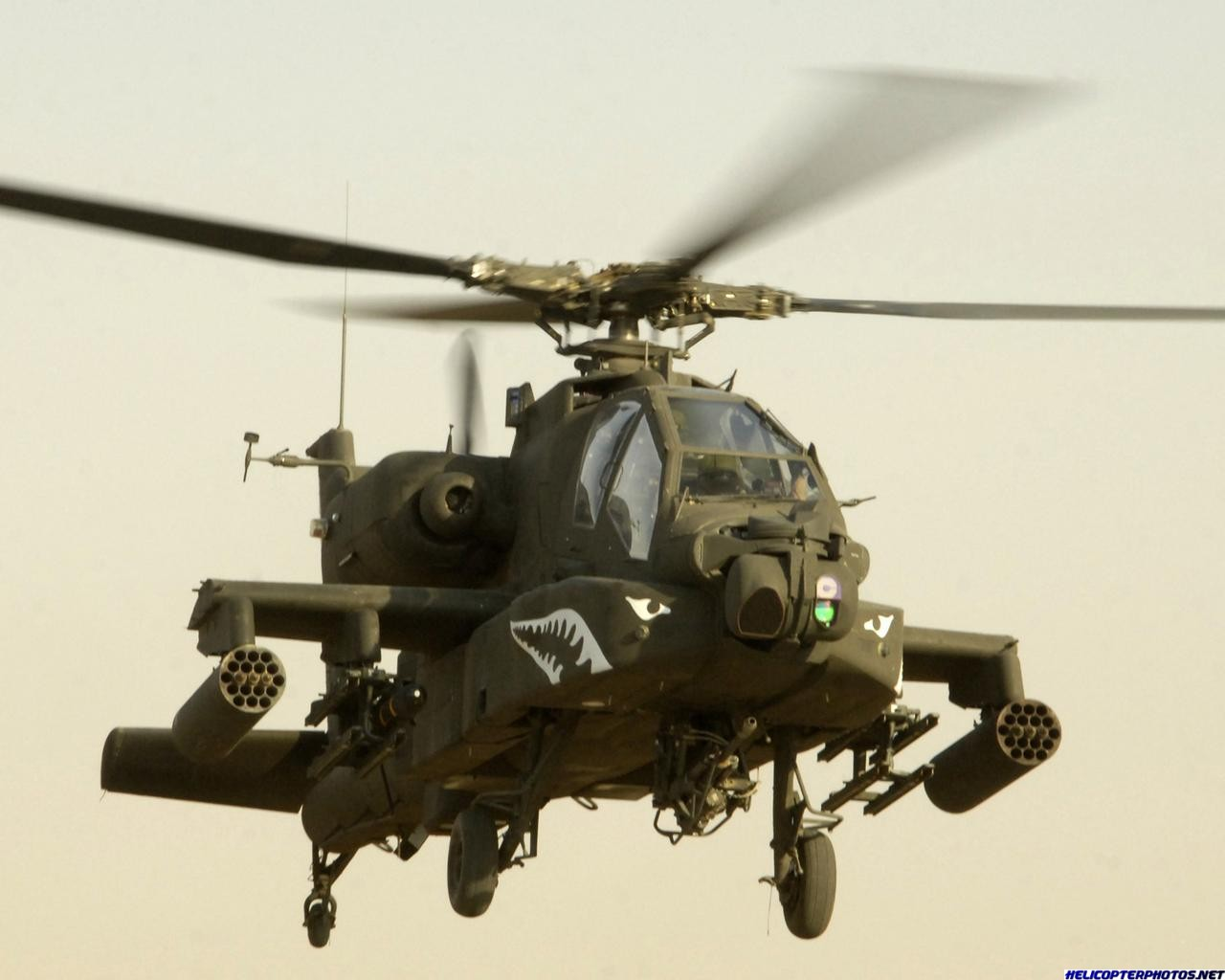 AH-64_Apache_helicopter.jpg