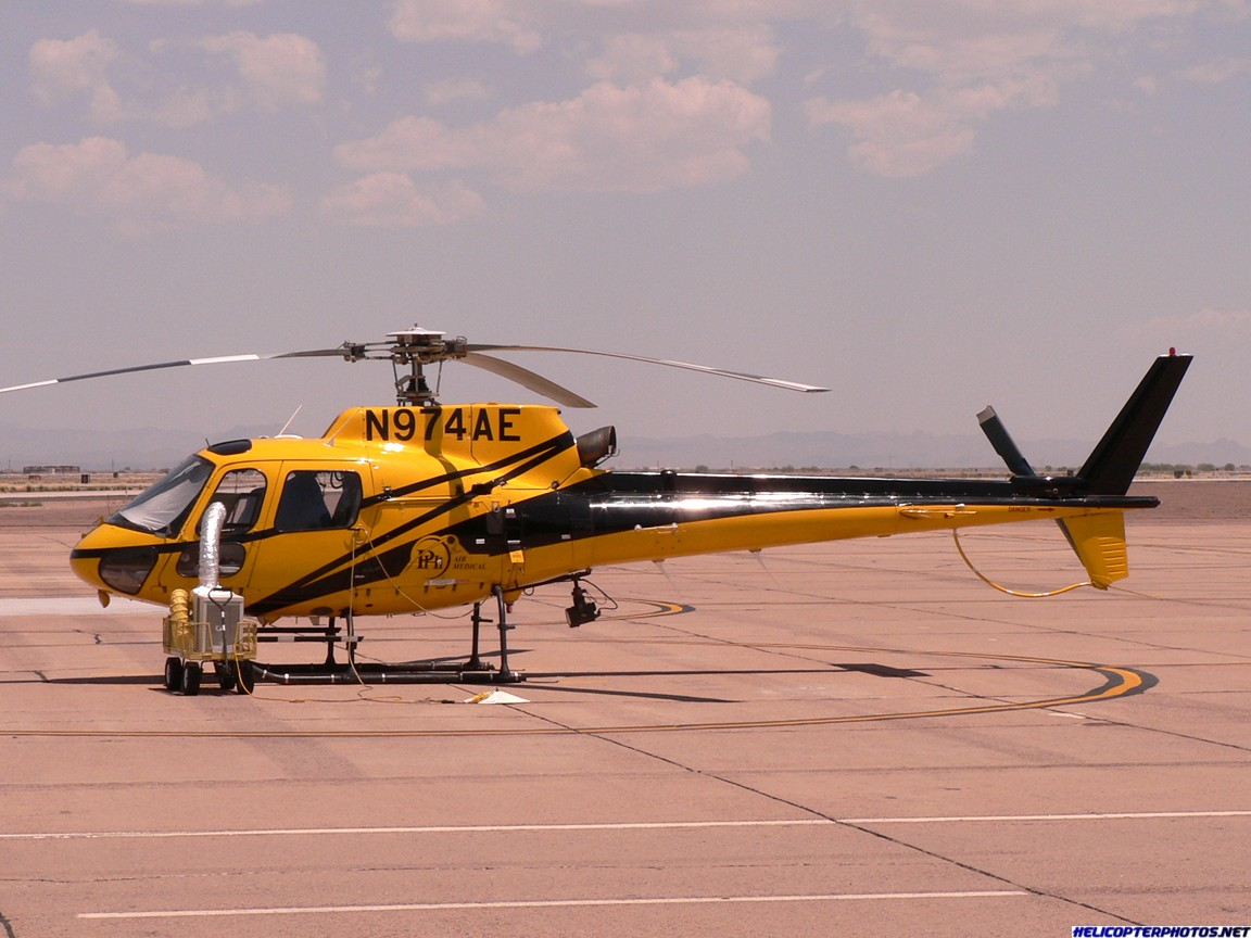 AS350_N974AE_IWA_072106.JPG