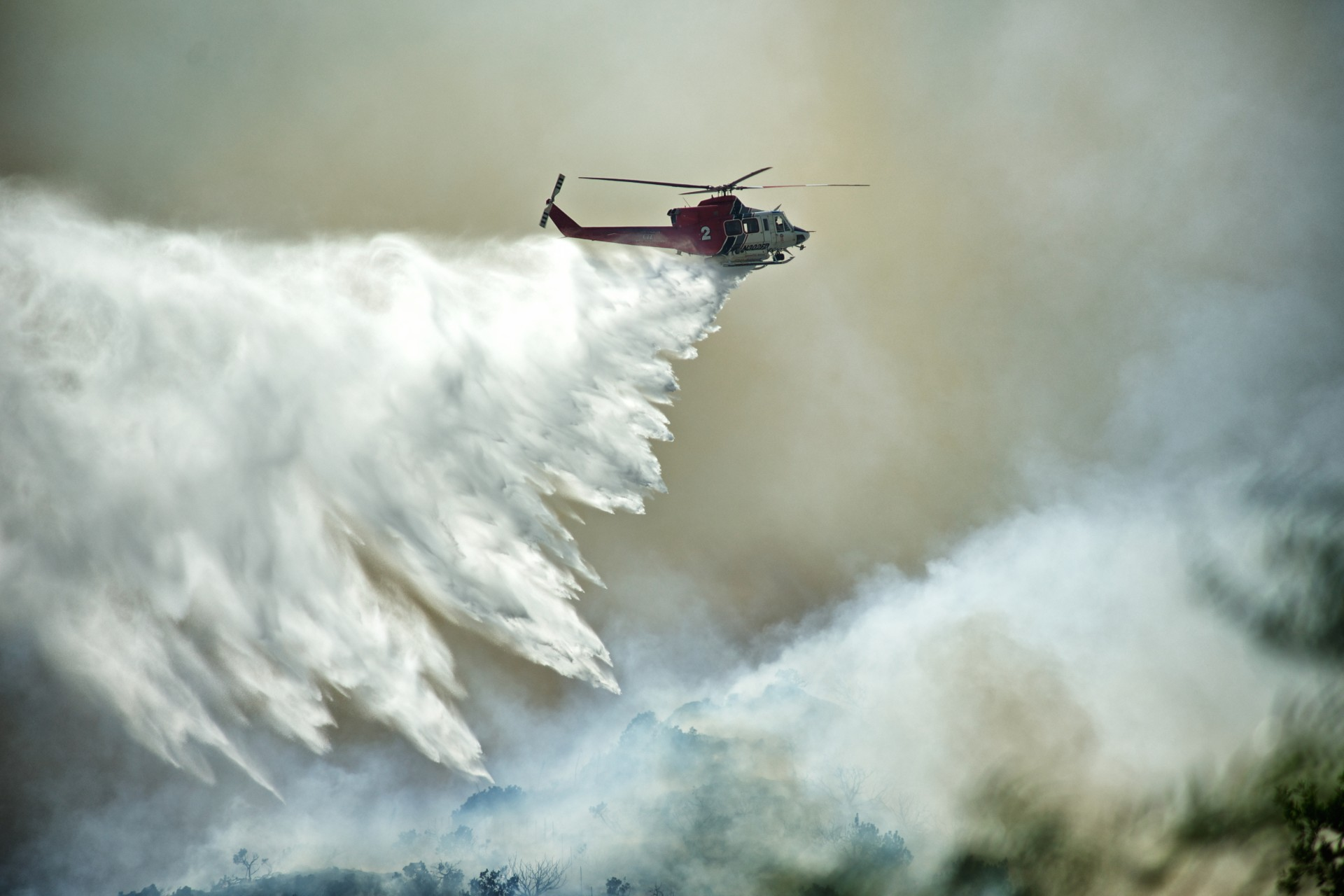 helicopter-drops-water.jpg